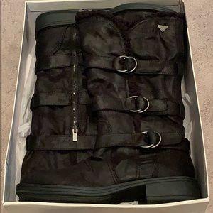 New Roxy woman's boots black size 10